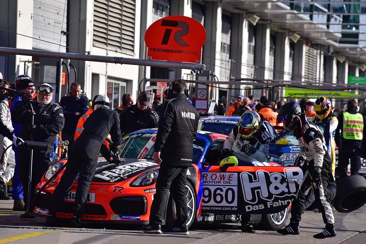 Ipressionen von Teichmann Racing beim 1. Lauf zur VLN Langstreckenmeisterschaft am 25.03.2017 auf dem Nürburgring